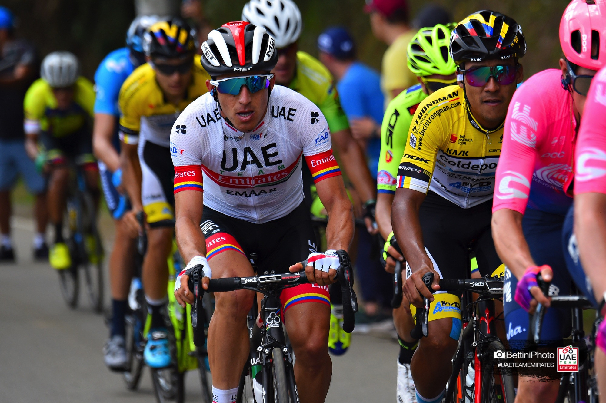 Henao closes Tour Colombia in the top 10. The UAE Team Emirates climber ... 571e35d9d